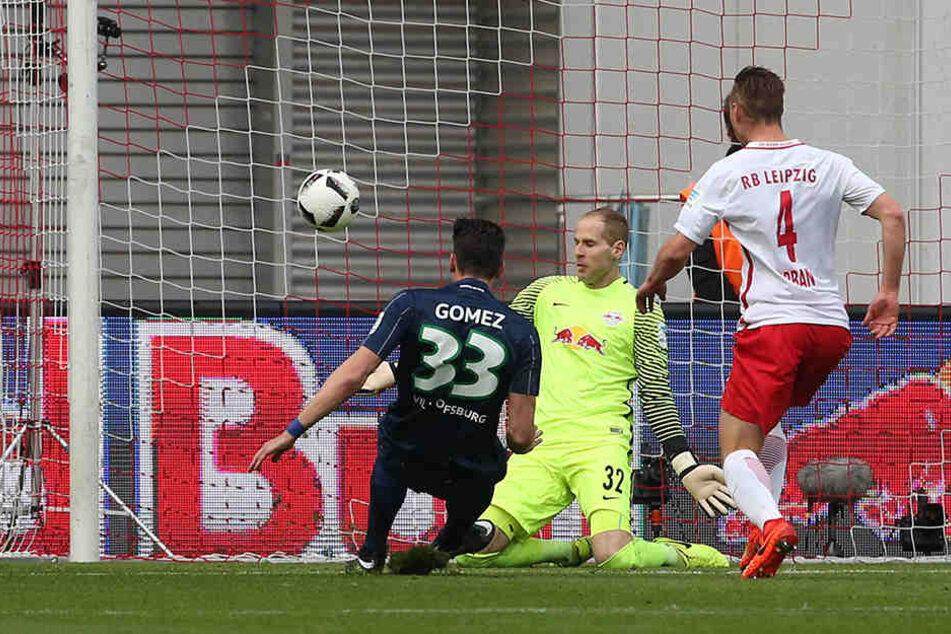Tor des Tages: Mario Gomez trifft und bescherte RB Leipzig damit die zweite Heimniederlage der Saison.