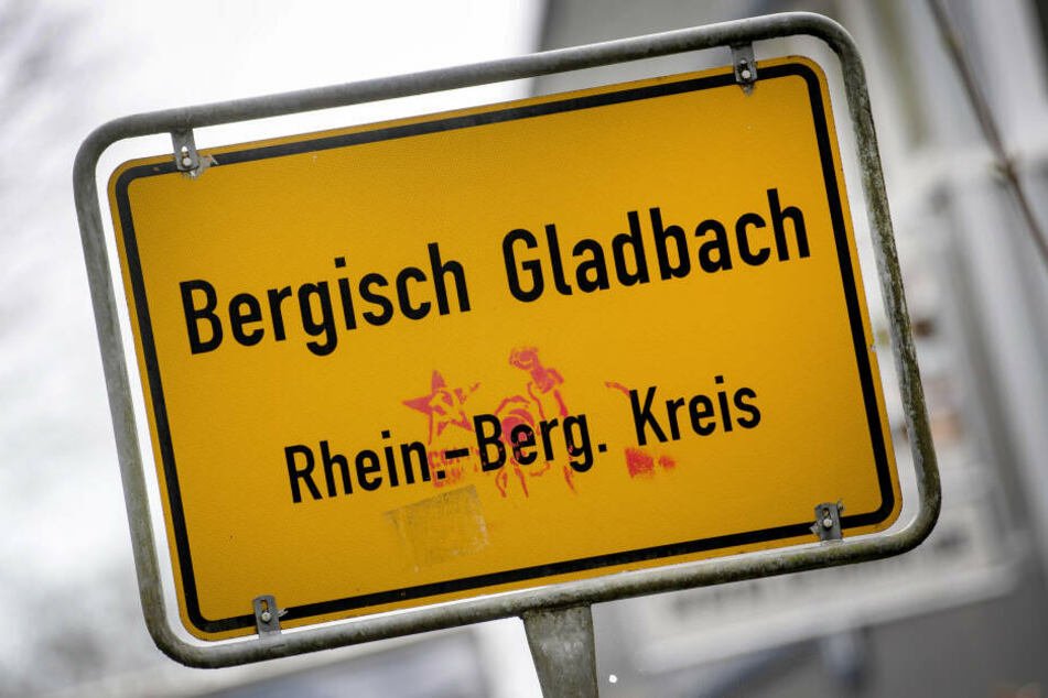 Das Ortsschild von Bergisch Gladbach.