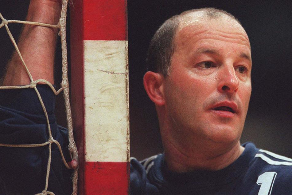 Der ehemalige Handball-Nationaltorhüter Stefan Hecker ist im Alter von 60 Jahren verstorben.