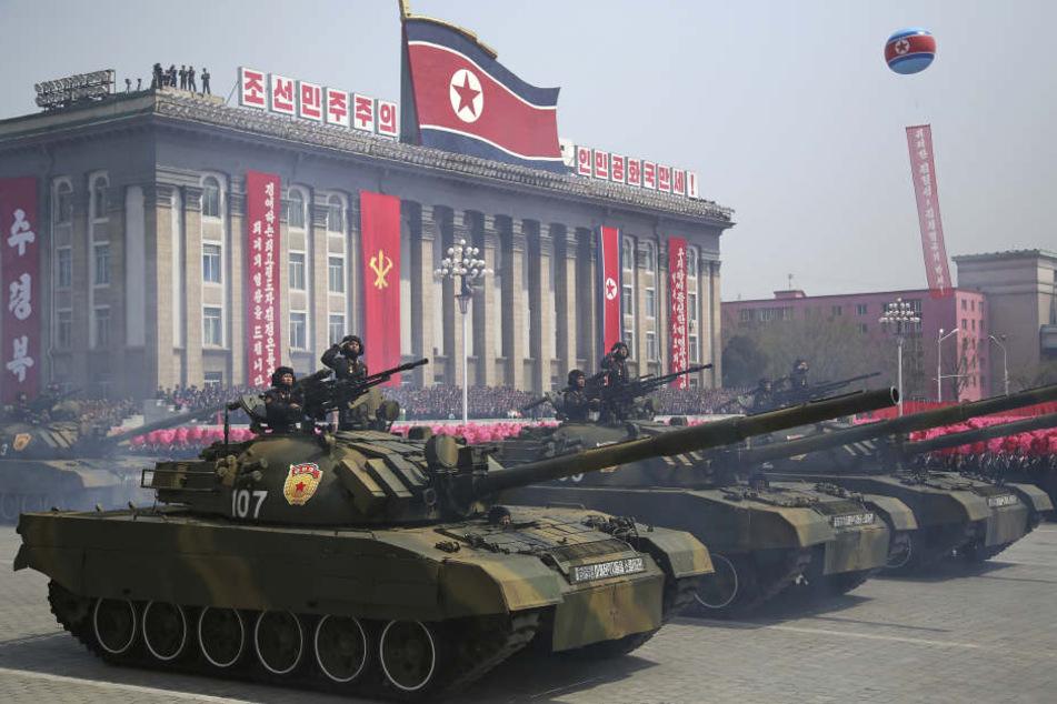 Nordkorea droht den USA im streit um die Atomwaffen mit dem totalen Krieg.