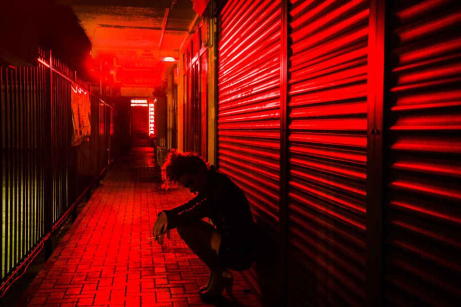 Loverboys drängen ihre Opfer in die Prostitution (Symbolbild).