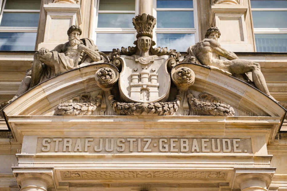 Der Prozess findet vor dem Hamburger Amtsgericht statt.