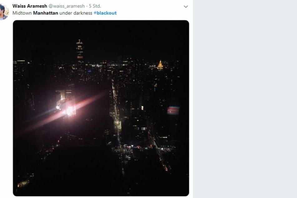 Ein User twitterte passend: Manhattan under darknes
