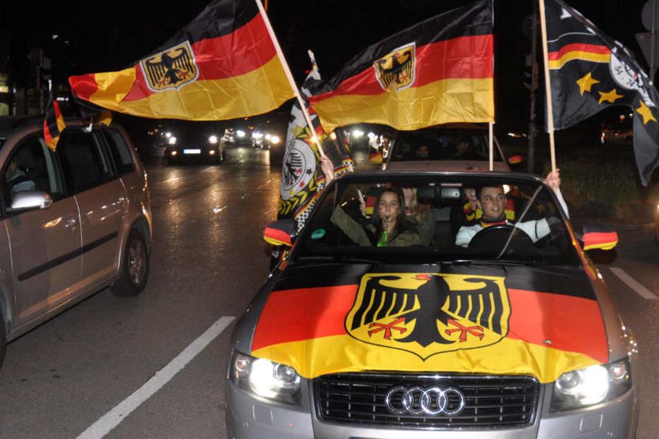 Autokorsos, Public Viewing: So rüstet sich unsere Polizei für die WM