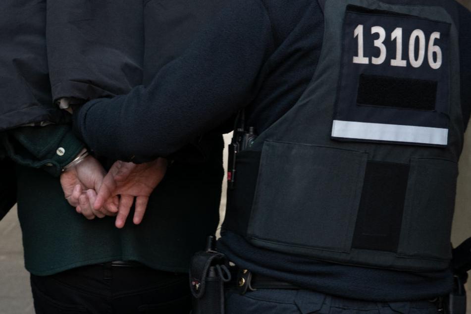 Spaziergängerin am helllichten Tag vergewaltigt: Mutmaßlicher Täter geschnappt