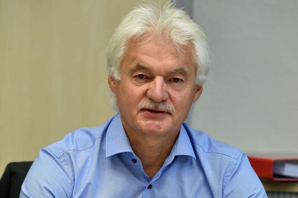 Jugendamtsleiter Claus Lippmann geht davon aus, dass sich die Bearbeitungszeit zu Beginn erhöhen werde.