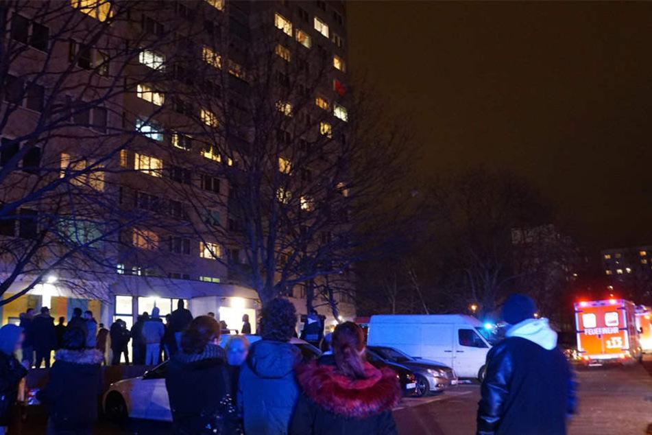 Erneut brach ein Feuer in dem Hochhaus in Berlin-Lichtenberg aus.