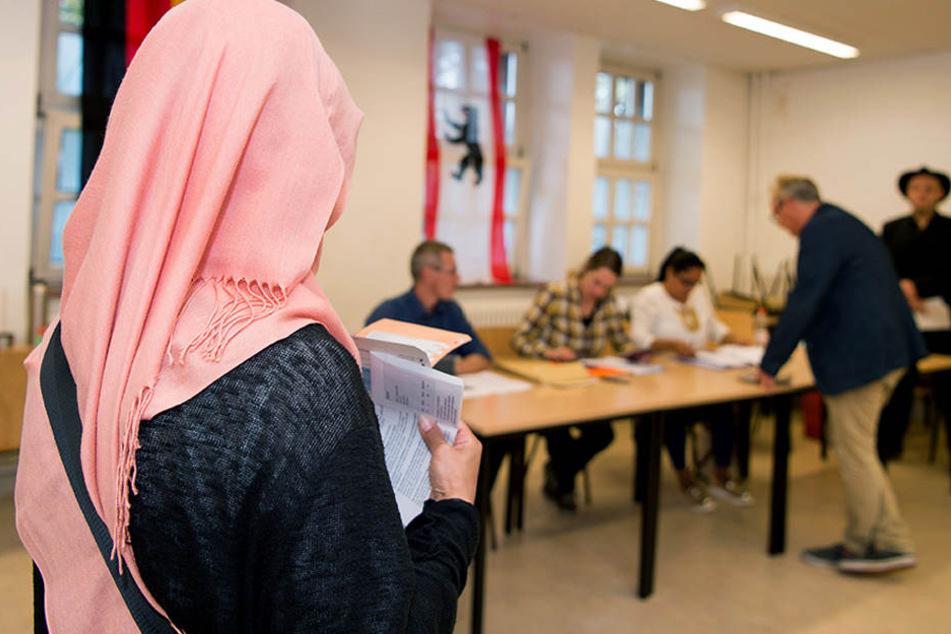 """Damit auch Migranten eine Chance haben, ihre Stimme abzugeben, durften sie bei der """"Symbolwahl"""" teilnehmen. (Symbolbild)"""
