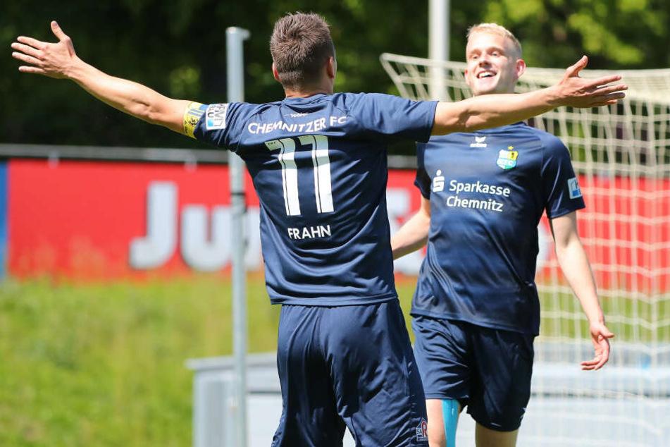Die beiden Torschützen für den CFC: Daniel Frahn und Jan-Pelle Hoppe.