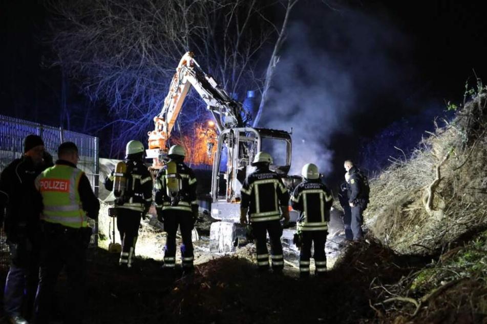 Die Feuerwehr wurde von Anwohnern über den Brand informiert.
