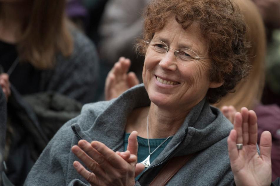 Kristina Hänel reichte nun eine Petition zur Änderung des strittigen Paragrafen 219a ein.