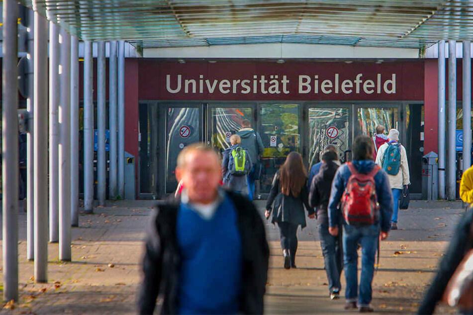 """Der Asta an der Universität Bielefeld fordert """"All-Gender""""-Toiletten im gesamten Gebäude."""