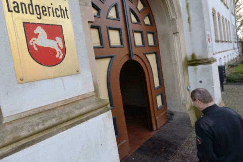Vor dem Landgericht Aurich wird der Fall verhandelt.