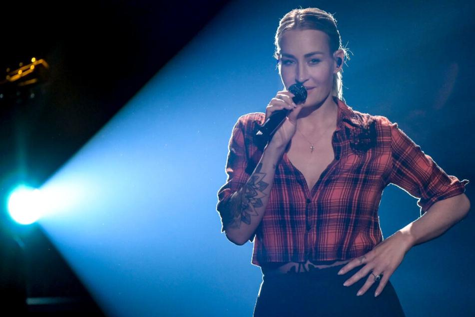 Sarah Connor steht als Musikerin auf der Bühne