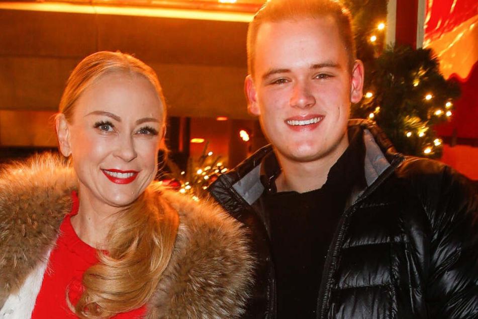 Jenny Elvers und Sohn Paul Jolig bei einer Veranstaltung in Berlin.
