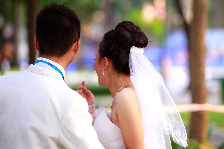 Die Hochzeitsfeier endete mit mehrere Anzeigen, unter anderem wegen Körperverletzung und Beleidigung. (Symbolbild)