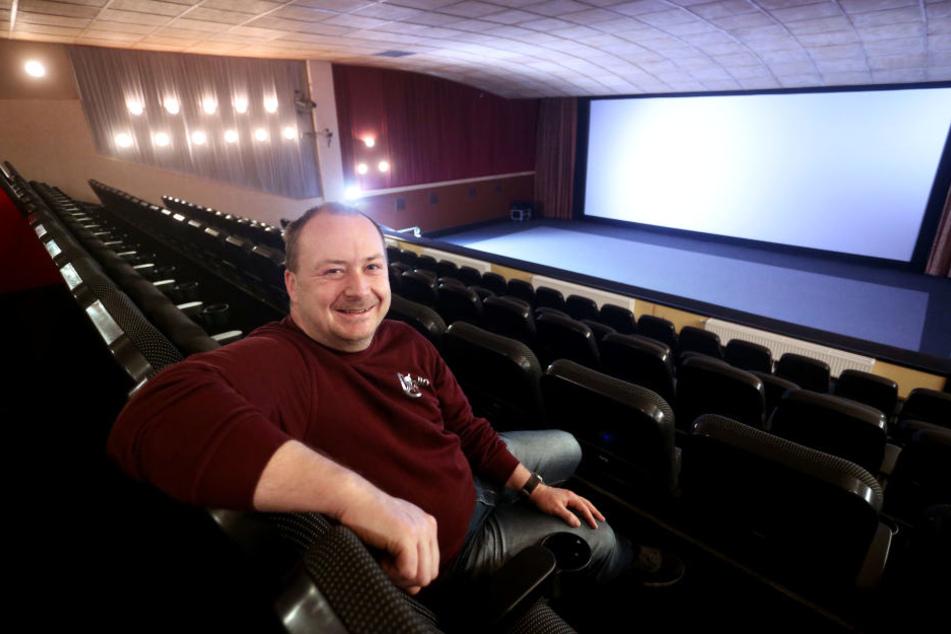 DDR-Charme hat ausgedient: Das historische Apollo-Kino in Limbach wird saniert, so Chef Olaf Müller (42).