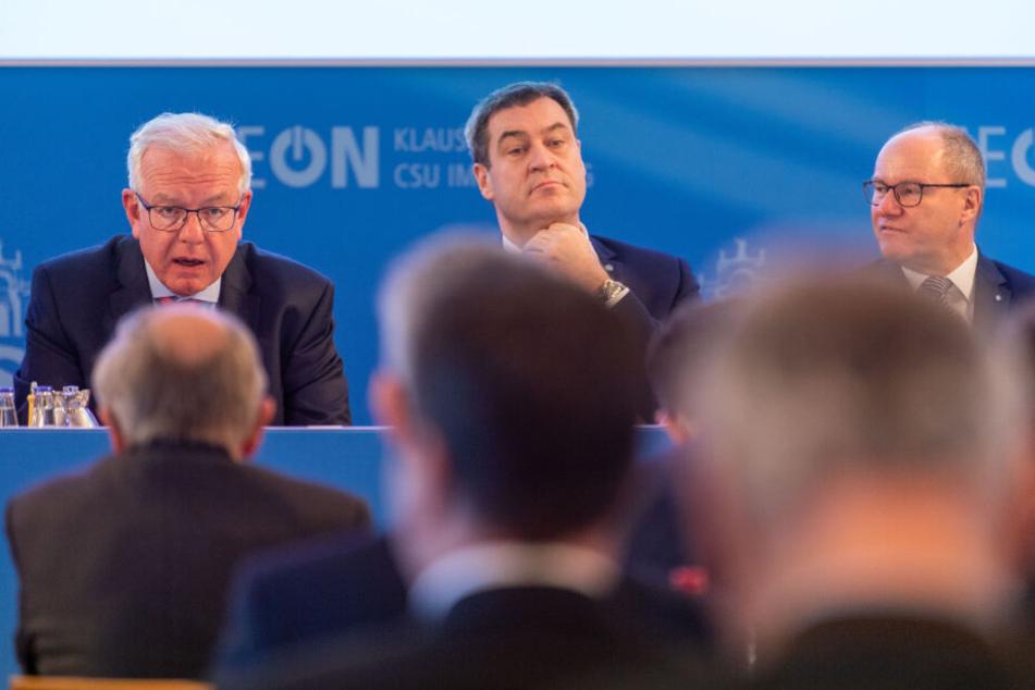 Thomas Kreuzer (alle CSU), Fraktionsvorsitzender der CSU im Bayerischen Landtag, Markus Söder und Alexander König, stellvertretender Fraktionsvorsitzender der CSU im Landtag.