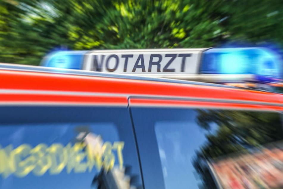 Alle fünf Insassen des Wagens mussten in ein Krankenhaus gebracht werden