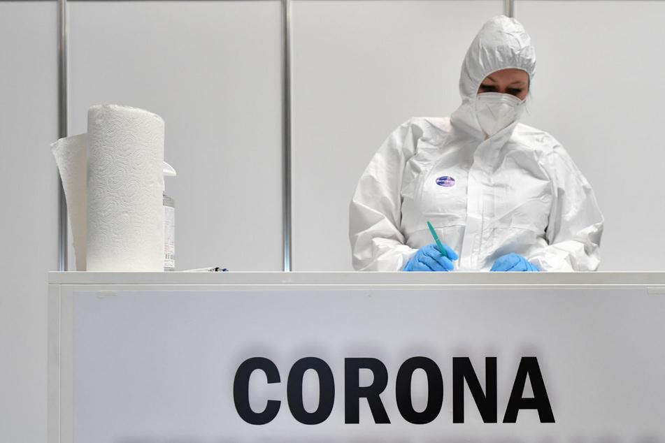 Coronavirus: RKI meldet 15.685 Neuinfektionen - Inzidenz sinkt