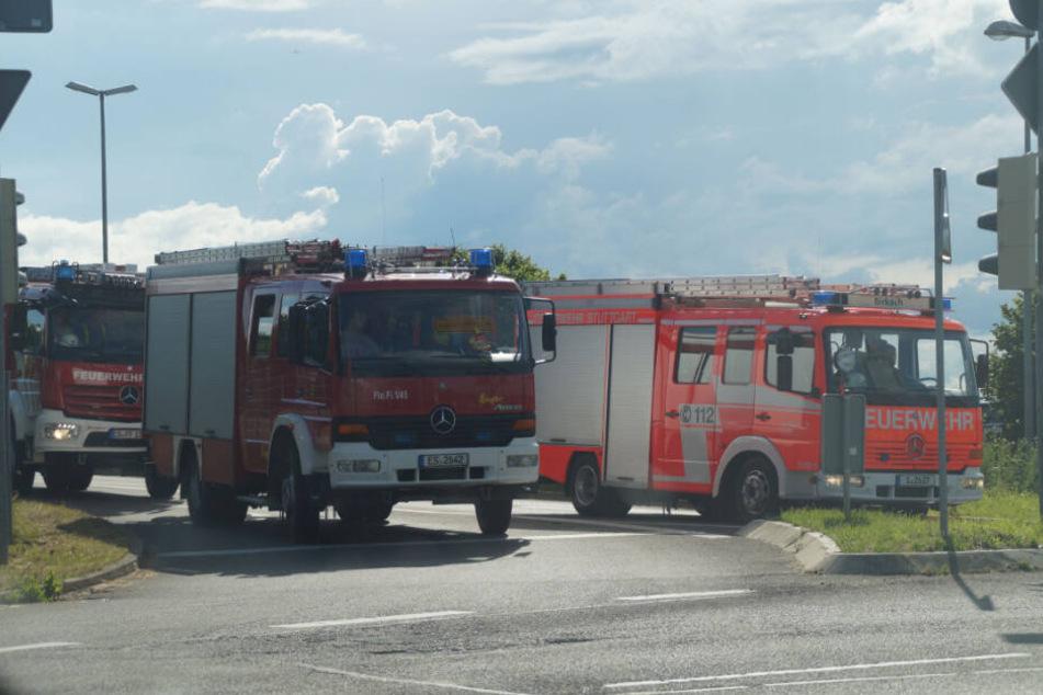 Einsatzkräfte sind an den Stuttgarter Flughafen angerückt.