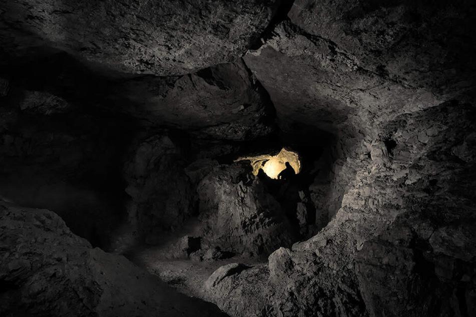 Mehrere Tage musste der 21-jährige Forscher in einer Höhle in Frankreich ausharren.