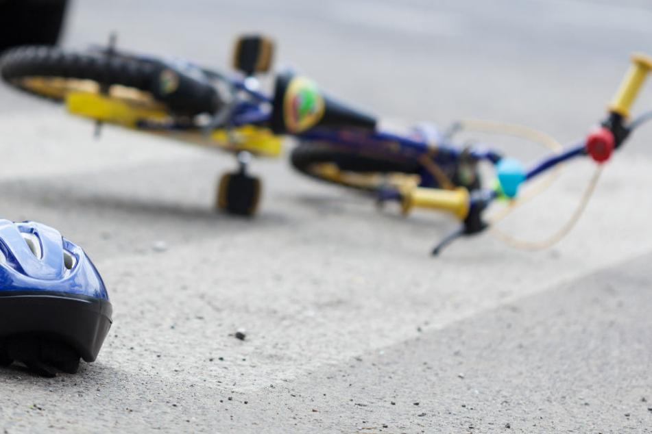 Junge (8) erleidet schwere innere Verletzungen bei Unfall mit Traktor