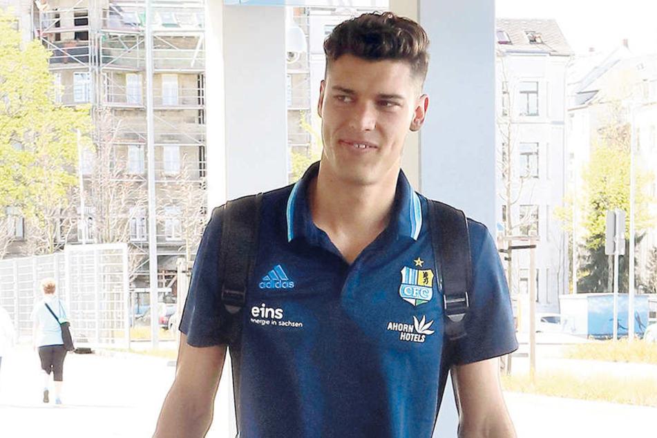 Hat Myroslav Slavov seine Tasche schon gepackt? Spielen wird der Torjäger am Sonntag nicht. Er ist verletzt. Aber an Angeboten wird es dem elffachen Torschützen nicht mangeln.
