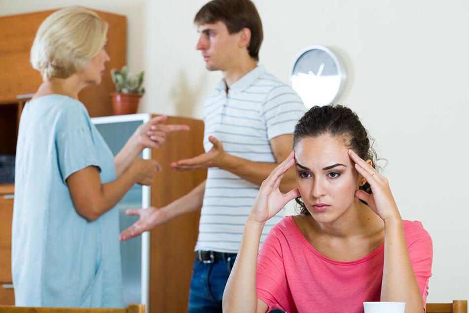 Die Schwiegermutter reagiert hysterisch, als das Paar ihr erklärte, dass sie keine Kinder möchten. (Symbolbild)