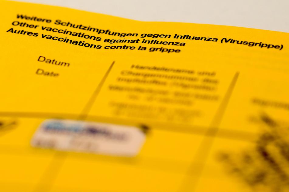 Heiß begehrt, aber nicht von jedem: Das Impfbuch. Ohne Piks leider nicht erhältlich.