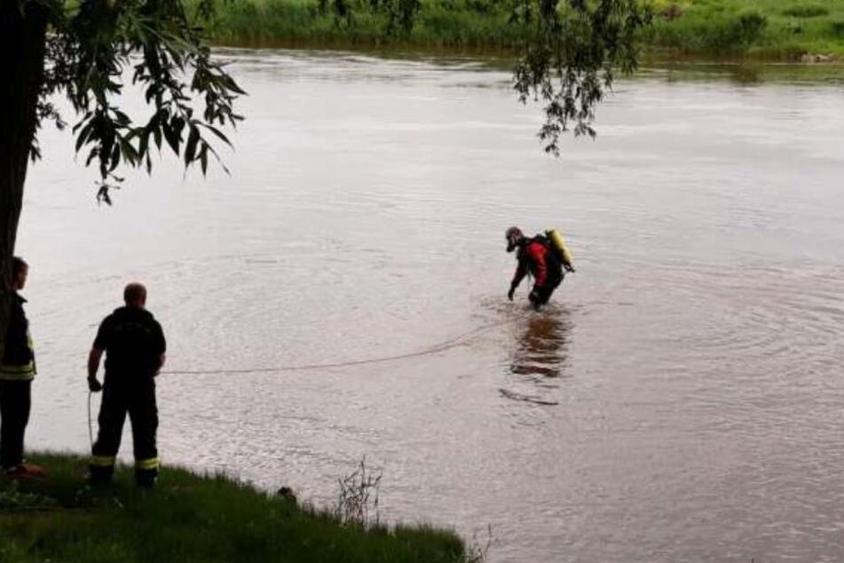 Taucher suchten tagelang nach dem 18-Jährigen in der Weser.