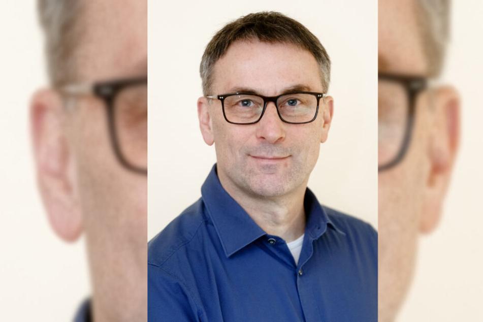 Hobby-Namensforscher Knud Bielefeld veröffentlicht seit 2006 eine Liste der beliebtesten Vornamen Deutschlands.