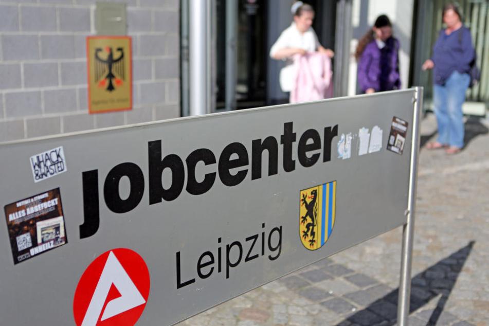 Das Jobcenter Leipzig muss einem 45-Jährigen Hartz-IV-Empfänger keine Hunderttausende Euro Schadensersatz zahlen.