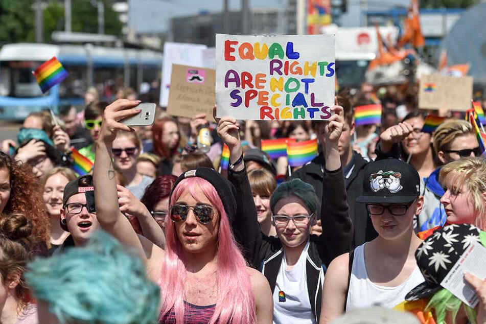 So ein buntes Spektakel wie hier 2017 in Chemnitz, das für die Rechte für Homosexuelle kämpft, möchte die Istanbuler Regierung anscheinend nicht.
