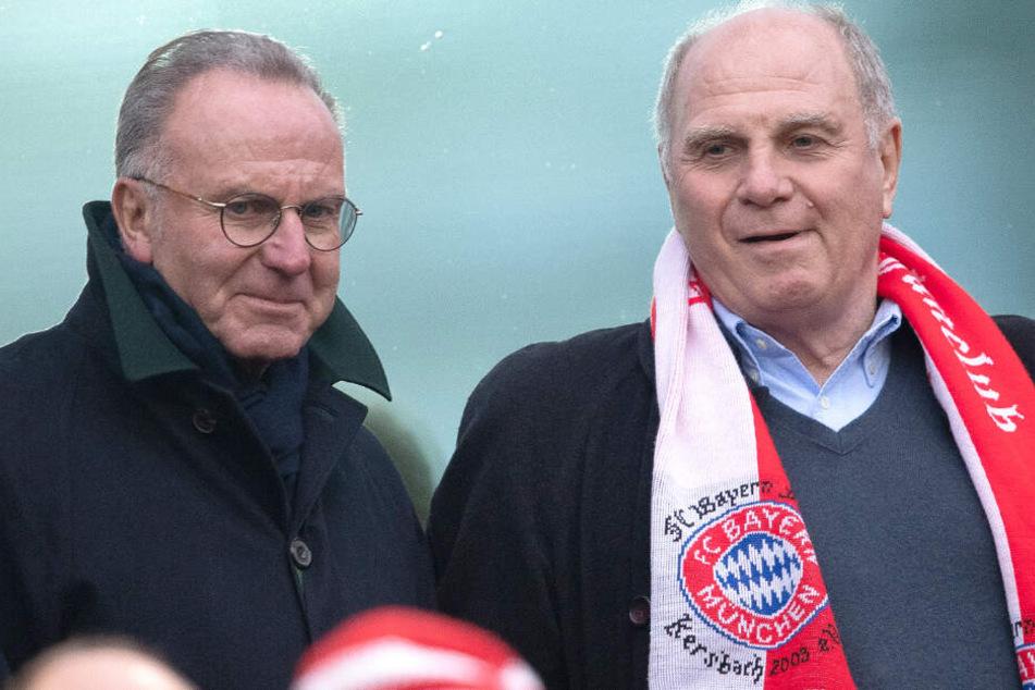 Karl-Heinz Rummenigge (l.) und Uli Hoeneß (r.) sind sich bei Niko Kovac nicht einig.