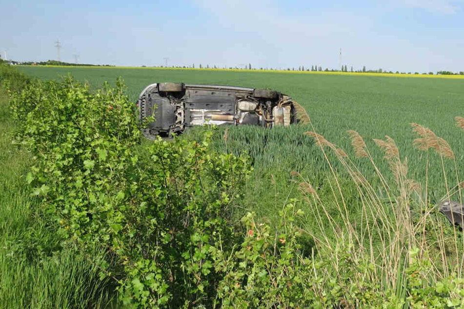 Ein Audi wurde von der Fahrbahn geschleudert.