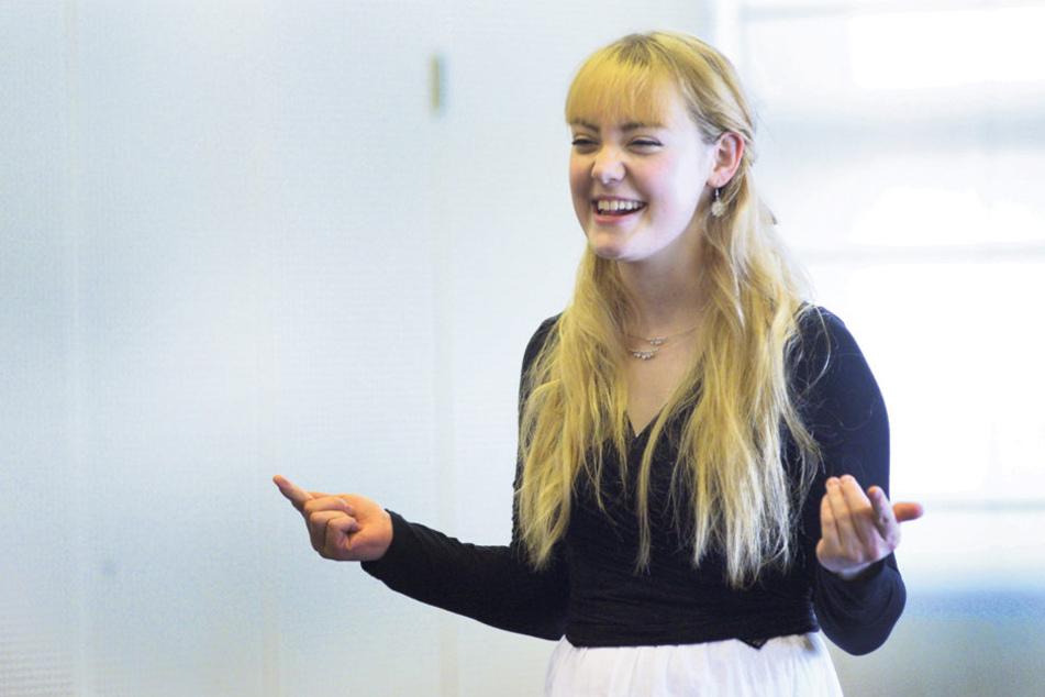 So sieht ein Weihnachtsengel aus: Mal sehen, ob sich Vera Schulze (21) beim Castingfinale durchsetzt.