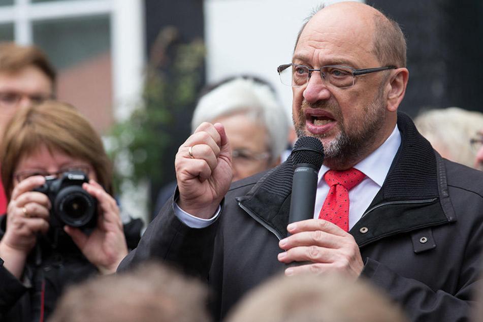 Martin Schulz (61) war bei einem Wahlkampfauftritt in Bünde.
