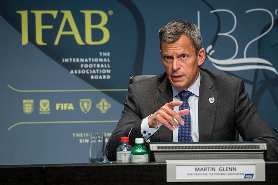 Die IFAB hat sich einiges an Regeländerungen einfallen lassen.