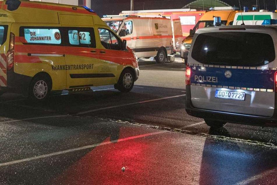 Polizei und Rettungskräfte waren vor Ort. Das Leben des Mannes konnten sie aber nicht retten (Symbolbild).