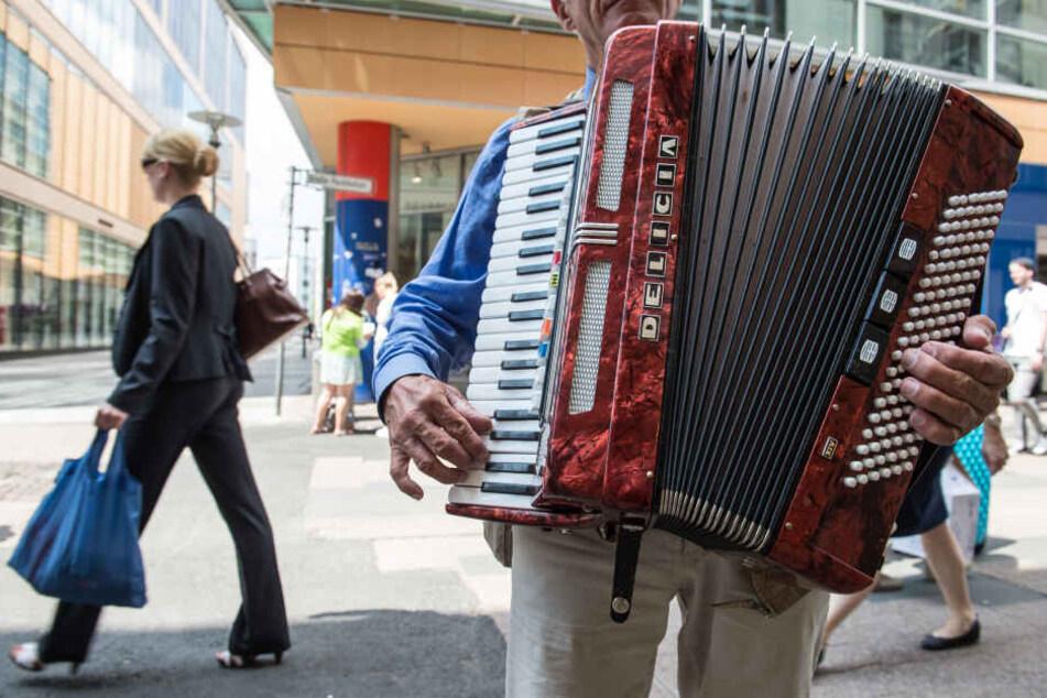 """Werden in dieser Stadt Straßenmusiker bald """"gecastet""""?"""