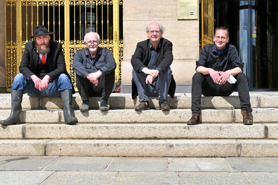 Die vier Dissidenten: Max Aschenbach (36, PARTEI, v.l.n.r.), Michael Schmelich (66, Grüne), Johannes Lichdi (57, Grüne) und Martin Schulte-Wissermann (50, Piraten) haben eine neue Fraktion gegründet.