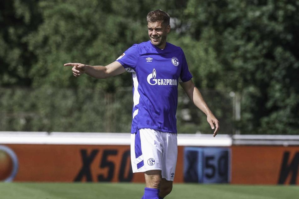 Simon Terodde (32) wechselte im Sommer vom Hamburger SV zum FC Schalke 04.