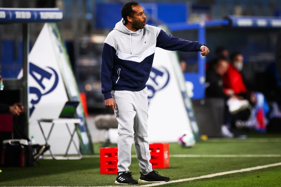 HSV-Trainer Daniel Thioune hatte die bessere Mannschaft auf dem Platz.