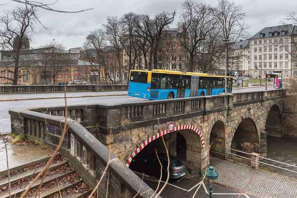 Die marode Kaßberg-Auffahrt (Karl-Schmidt-Rottluff-Brücke) wird ab 2018 saniert.