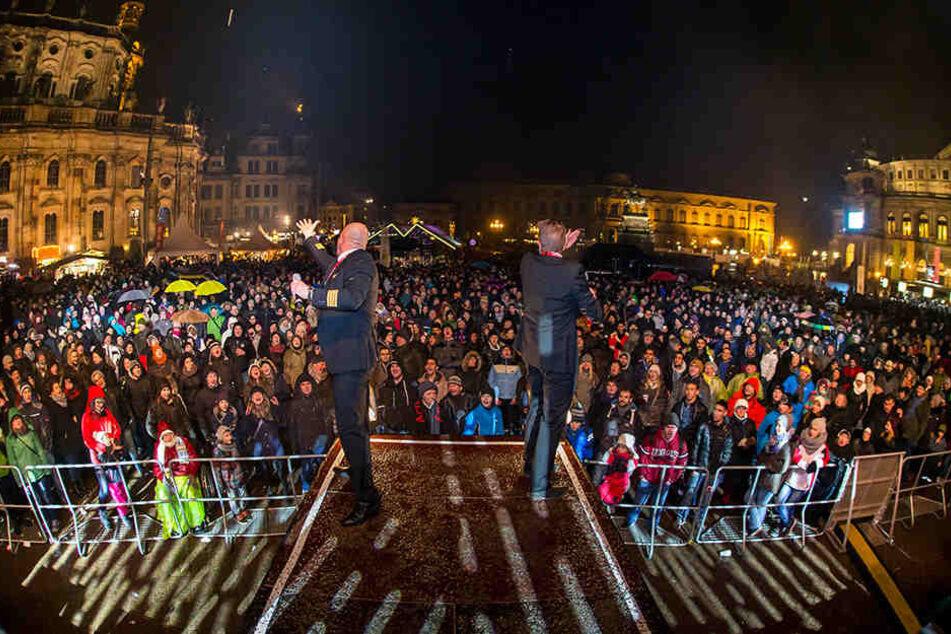Beliebter Treffpunkt zum Feiern ins neue Jahr: der Theaterplatz.