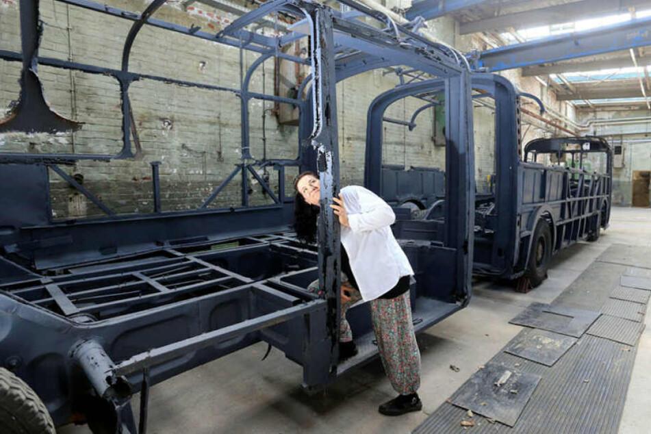 Museums-Chefin Claudia Großkopp (39) und ihre Mitstreiter träumen davon, den Bus wieder fahren zu lassen.