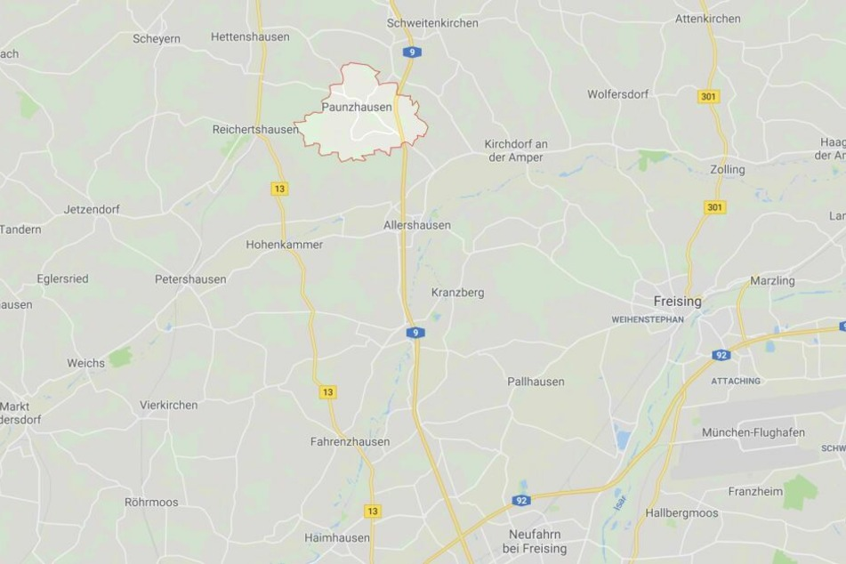 Auf der Autobahn 9 bei Paunzhausen ist es in Bayern zu einem schweren Unfall gekommen.