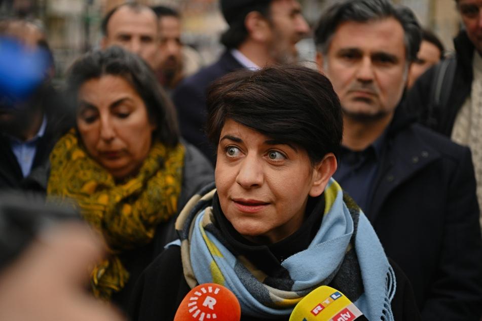 Berivan Aymaz (48) gibt nach den Anschlägen in Hanau ein Pressestatement ab.