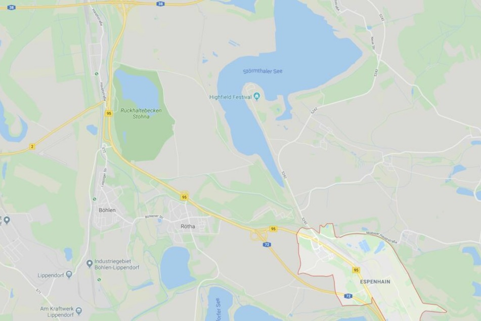 Westlich von Espenhain ist seit Mitte Oktober 2019 die A72 beidseitig befahrbar. Der letzte Abschnitt führt zwischen dem Störmthaler See und dem Rückhaltebecken Stöhna hindurch bis zur A38.